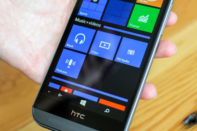 HTC One M8 w/ Windows hands on squares