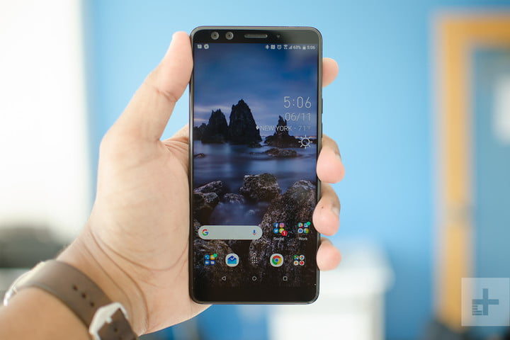 htc u12 plus in hand