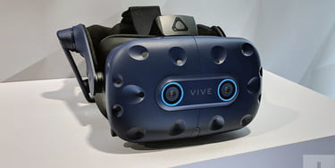HTC Vive Pro Eye hands-on review: The future of VR | CES 2019