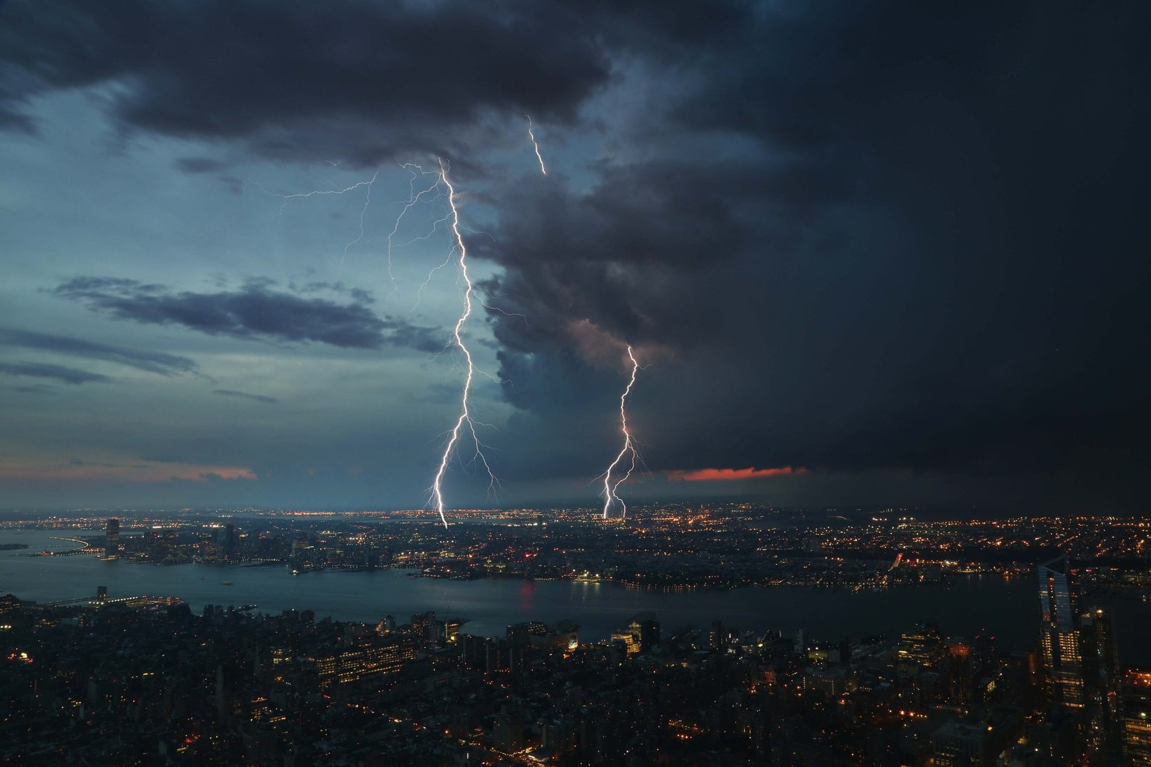 How to Photograph Lightning - Photography Life Best settings for photographing lightning
