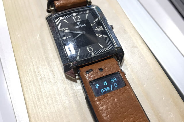 ct band smart watch ces 2017 img 6039