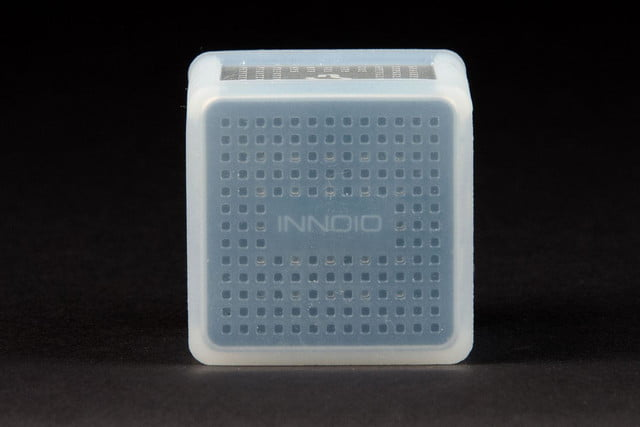 Innoio Cube Pico Projector right side