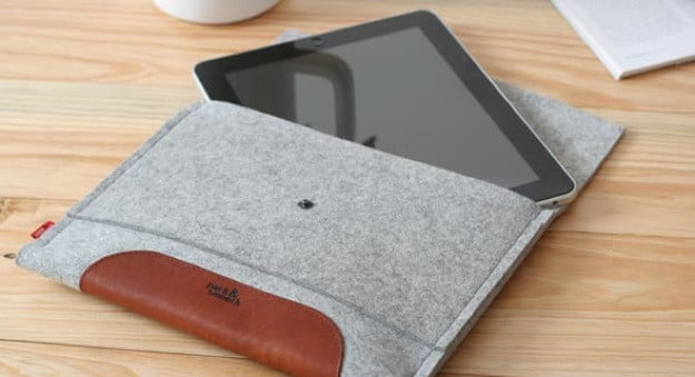 huge discount 4fca0 97c5a Hands on with Pack & Smooch cases for iPad and MacBook Pro   Digital ...
