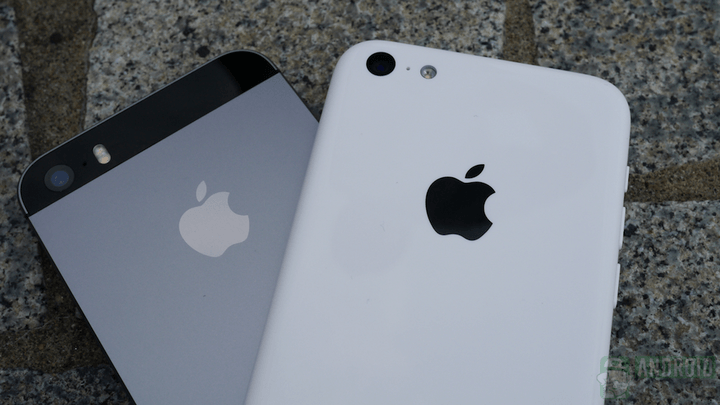 People have already drop tested the iPhone 5S and 5C, but only one shattered