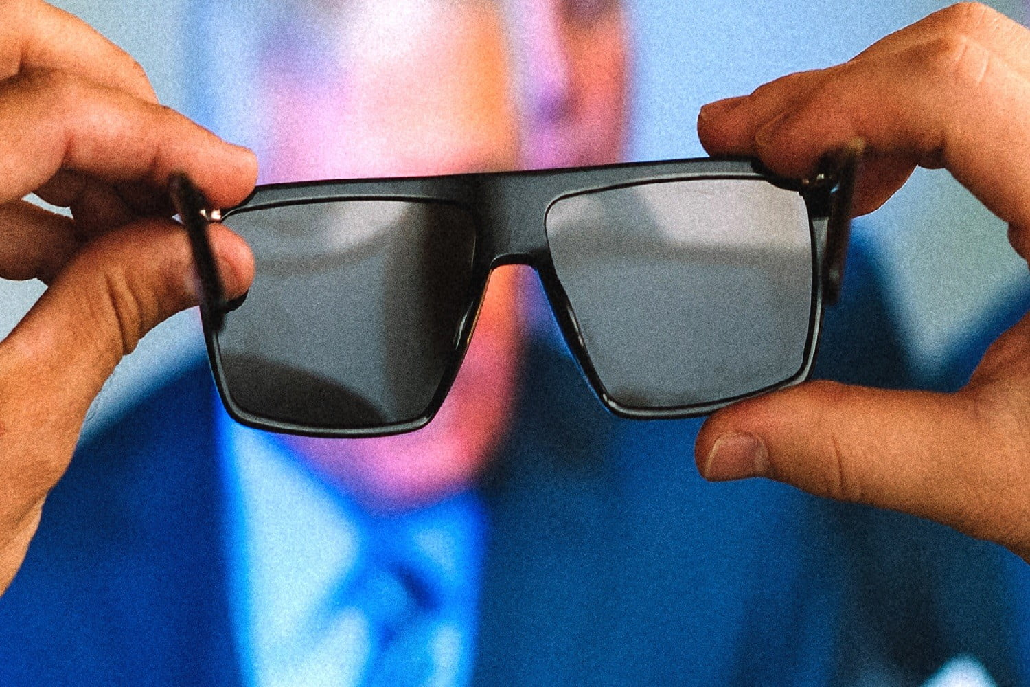 2fa37857666f These Smart Glasses Fight Screen Addiction by Blocking Them Out ...