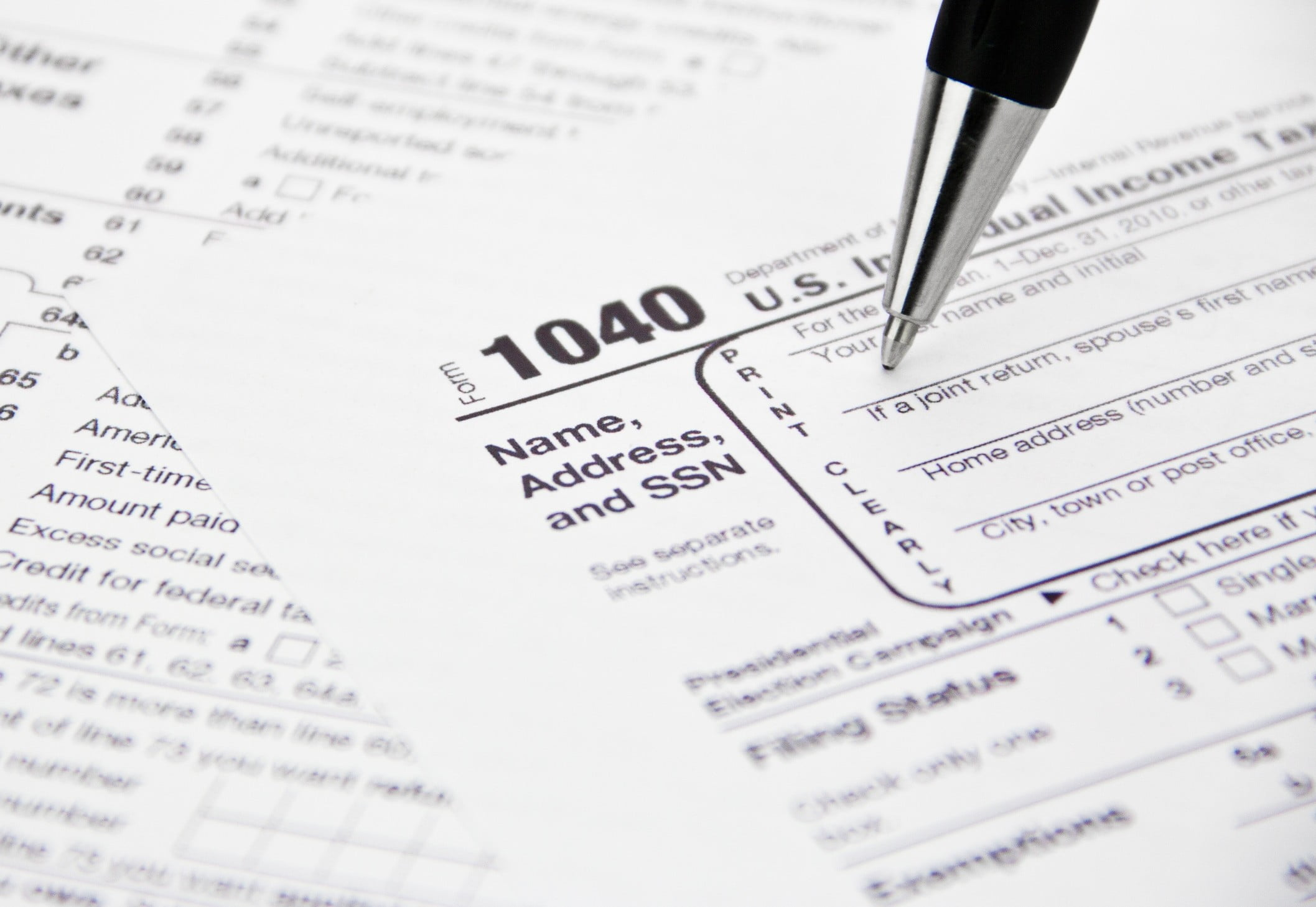 IRS System Crashes on Tax Day, Promises to Reopen Within 8,000 Years ...
