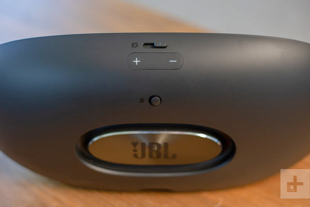 JBL Link View review buttons