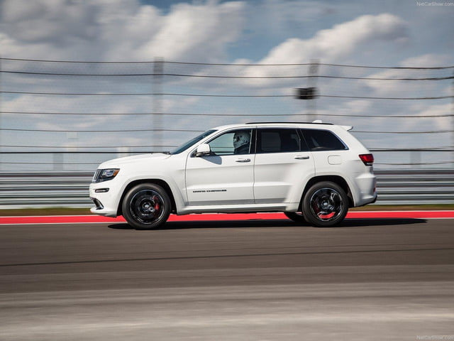 Jeep-Grand_Cherokee_SRT_white side