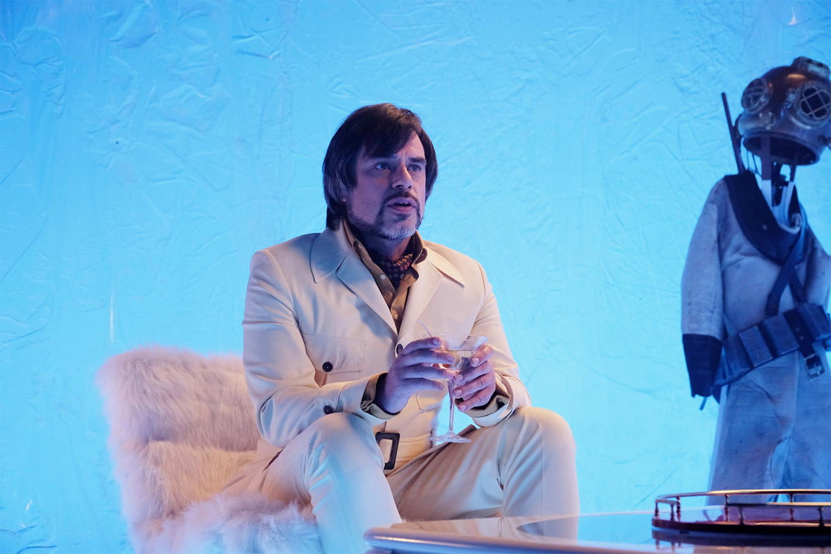 jemaine clement what we do in the shadows tv beverly luff linn legion