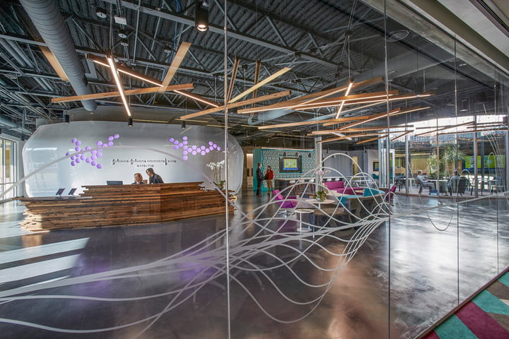 johnson and jlabs gives medican industry tech injection jlab office houston 2