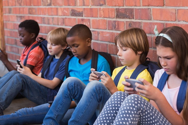 sprint kidsfirstphone website launch kids with phones