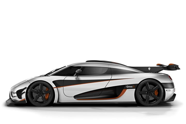 Koenigsegg actually saves money 3D-printing parts of its new hypercar, the One:1