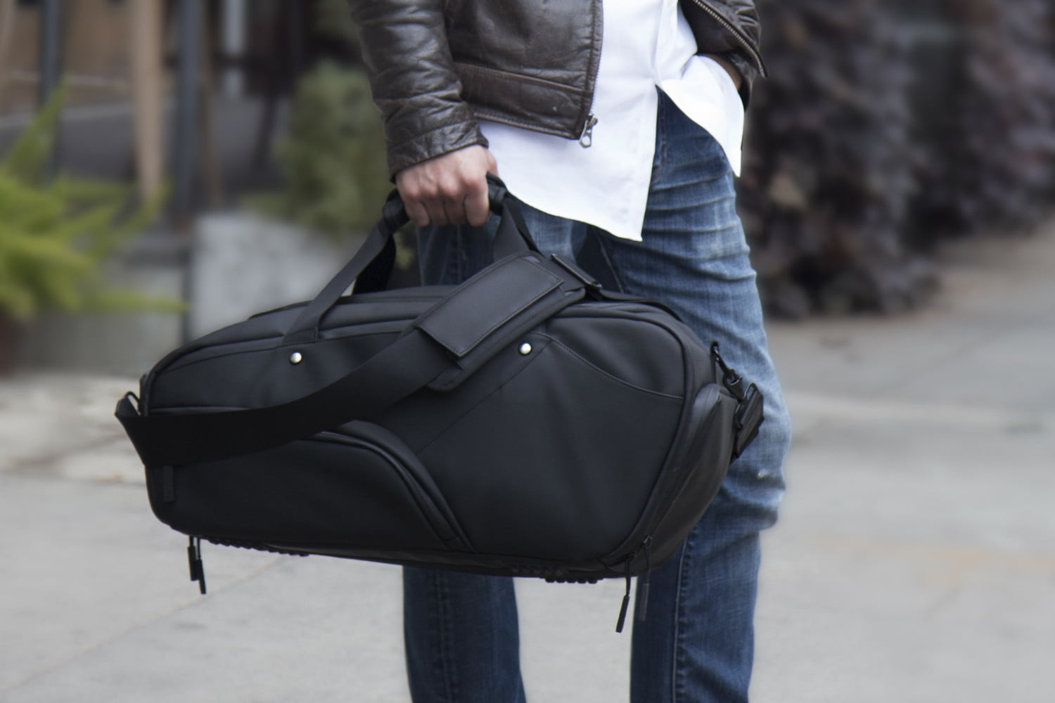 Duffel Bag Gets Reinvented For Tech Savvy Business Travel Digital Trends