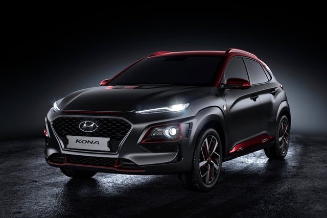 hyundai kona iron man edition unveiled at 2018 san diego comic con digital trends. Black Bedroom Furniture Sets. Home Design Ideas