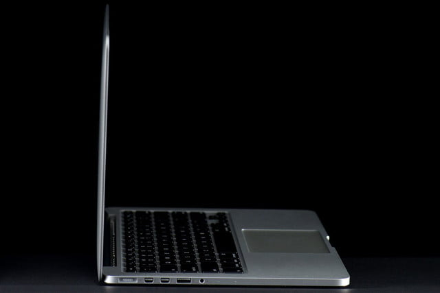 MacBook Pro 13 2013 left