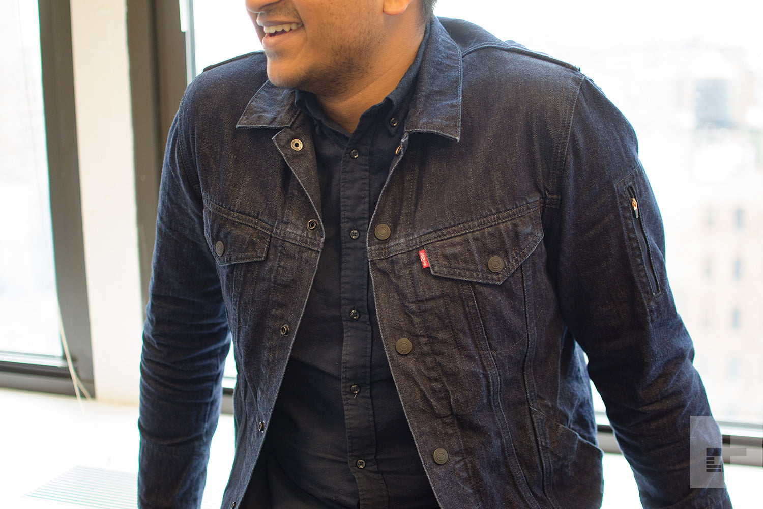 491e6246 I wore Levi's smart jacket for three months, and it changed how I use my  phone