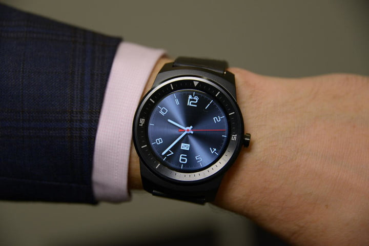 LG's perfectly round G Watch R arrives at T-Mobile on November 19