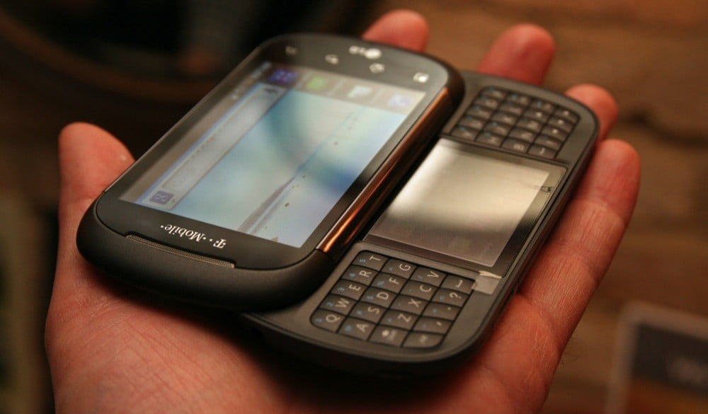 LG and T-Mobile's mysterious dual-screen split-qwerty ...