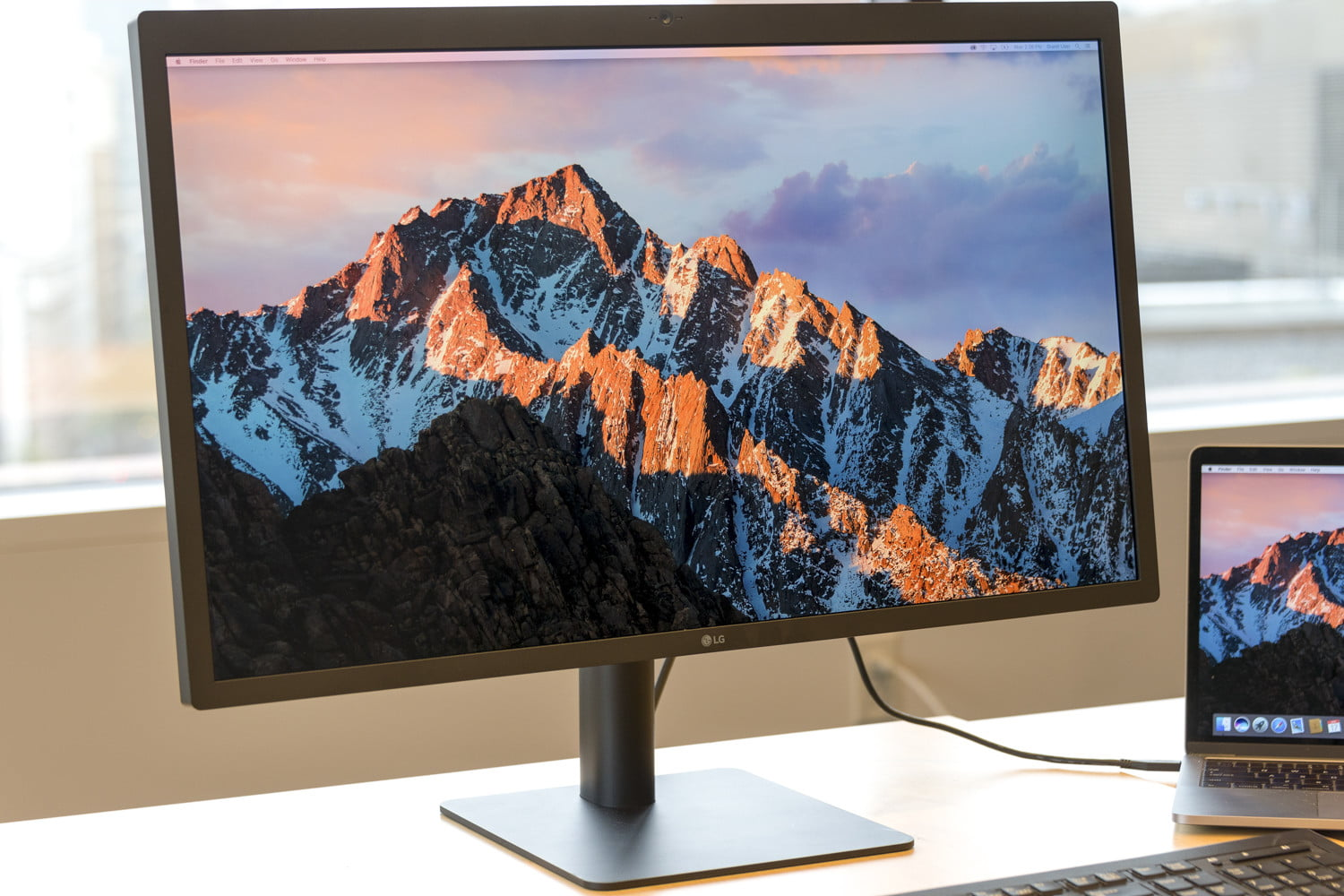 How to Clean a Monitor Without Causing Any Damage | Digital Trends