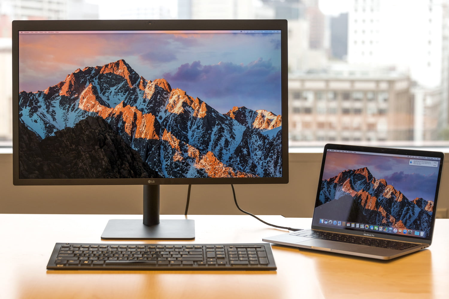 best monitors to hook up to macbook prodating on guam