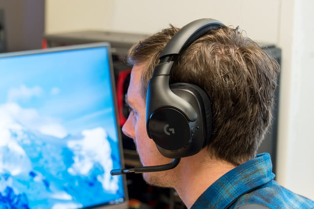 Logitech G533 Wireless Gaming Headset Review Top Of Its Class