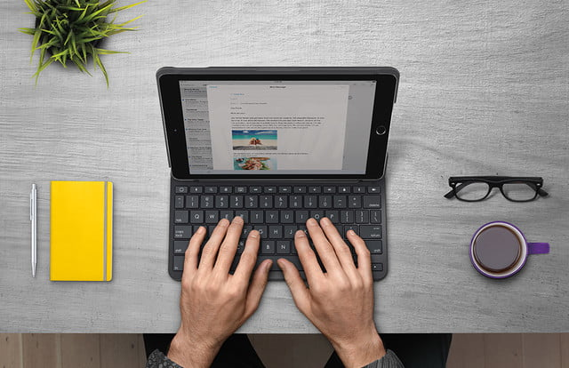 buy online 5025b 6b5ed Logitech's New iPad Keyboard And Case Has Unbelievable Battery Life ...