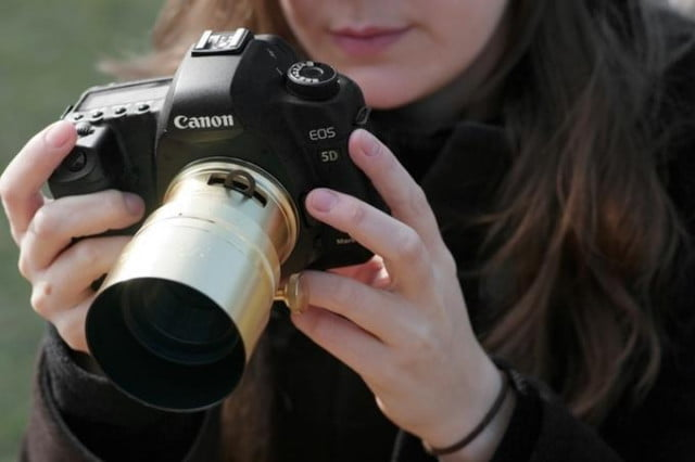 lomographys new petzval 58 lens can create 7 levels of creative blurring lomography 1