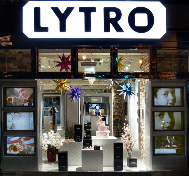 lytro opens tokyo storefront as light field experience center store 1