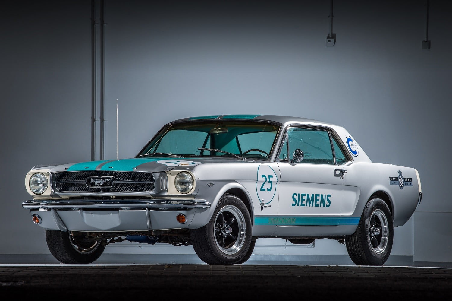 Autonomous 1965 ford mustang to race in goodwood hillclimb digital trends