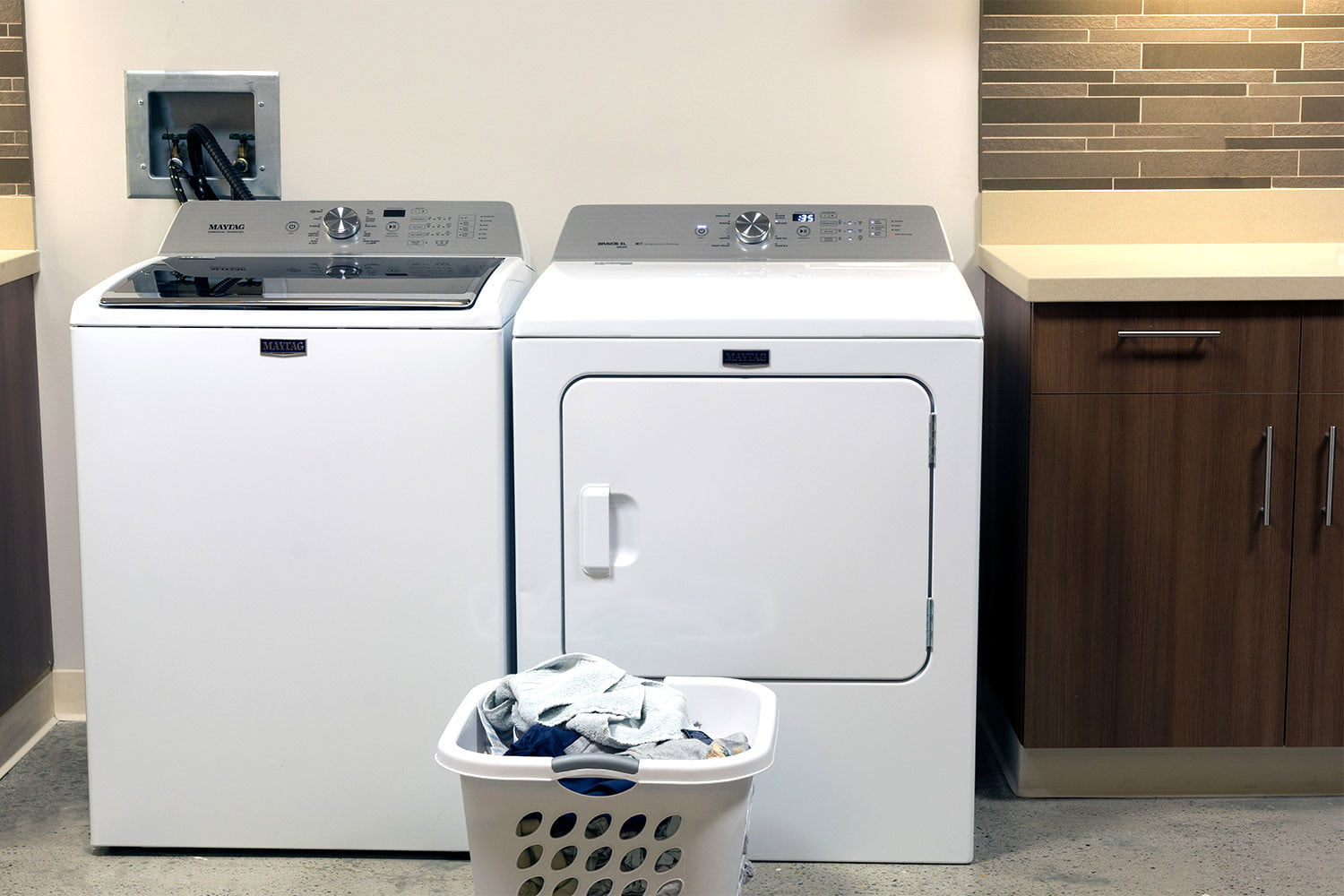 Marvelous Gas Dryers Vs Electric Dryers Whats The Difference Digital Trends Wiring Cloud Mangdienstapotheekhoekschewaardnl