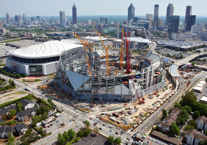 dt10 fans and players compete for stardom in the stadiums of future mercedes benz stadium construction 6