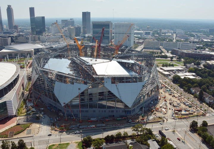 dt10 fans and players compete for stardom in the stadiums of future mercedes benz stadium construction 7