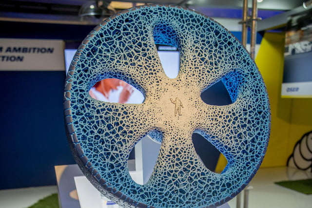 michelin visionary concept 3d printer tire front texture