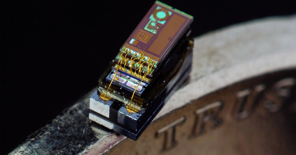 Meet The World S Tiniest Computer Micro Mote Digital Trends