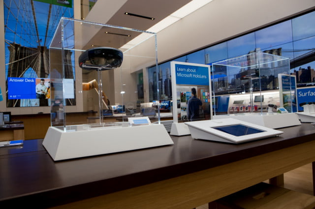 microsoft opens first flagship store in ny city new york 2