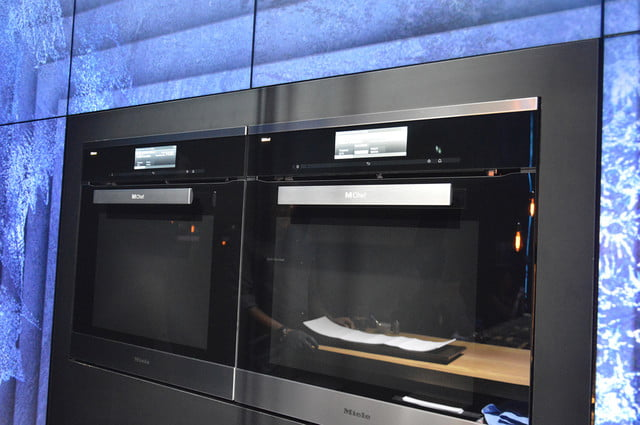 Miele S Dialog Oven Uses Electromagnetic Waves For