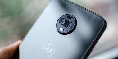5 forgettable phones 2018 moto z3 feat