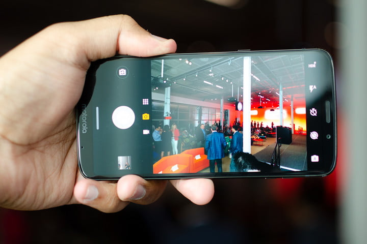 moto z3 review hands on 8