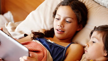 Netflix outwits kids at bedtime with 5-minute series | Digital Trends