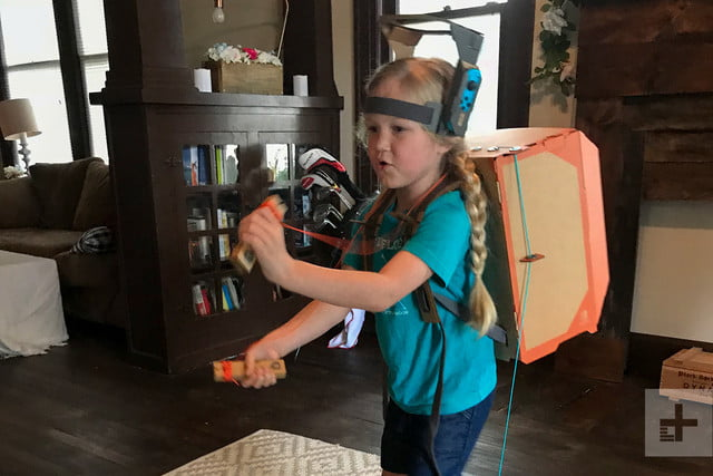 nintendo labo robot kit product experience review kid backpack close