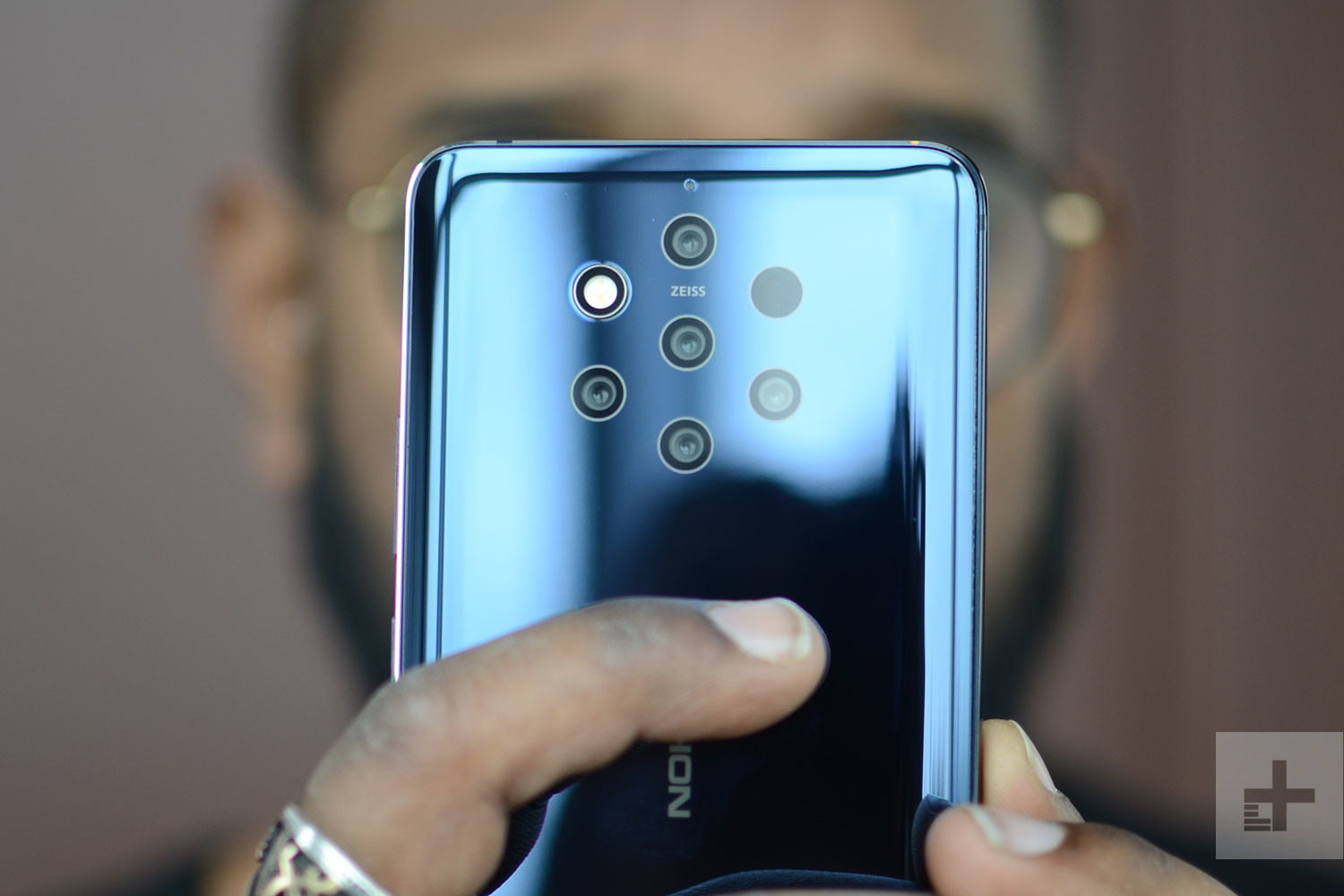 best sneakers 098bb 9017a The Best Nokia 9 PureView Cases | Digital Trends
