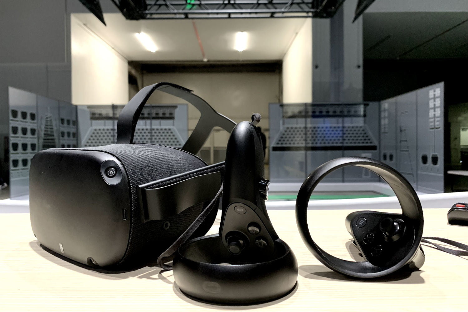 Oculus Quest Arrives More Than Two Weeks Early for Some Buyers