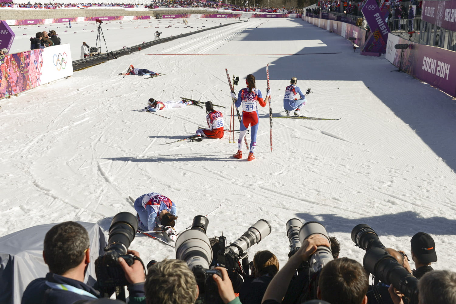Downhill skiers test new  wearable airbag at 2018 Olympics