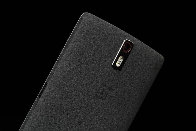 ONE Plus 1 top back angle 2