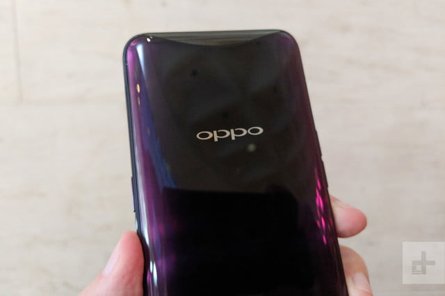 oppo find x hands on lens closed in hand back