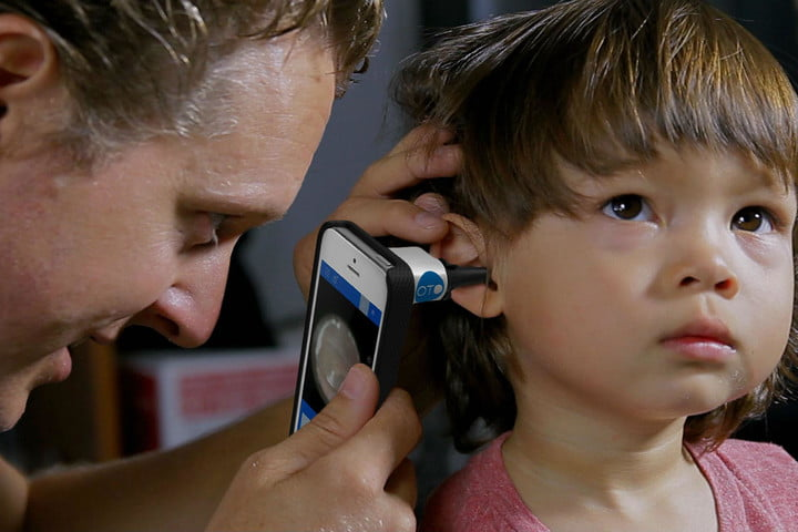 Diagnose ear infections at home with this low-cost smartphone accessory