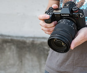 What do you do with 187 megapixels? The Lumix S1R is glorious overkill
