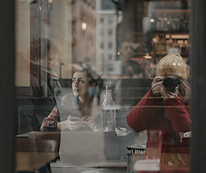 How Monaris launched a street photography career with an iPhone and Instagram