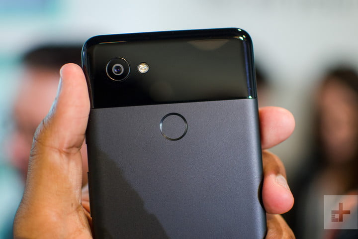 pixel 2 xl vs iphone x body