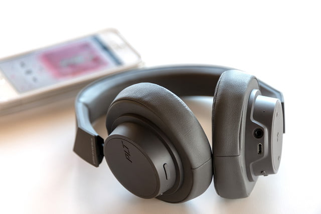 Plantronics Backbeat Go 600 Review Digital Trends